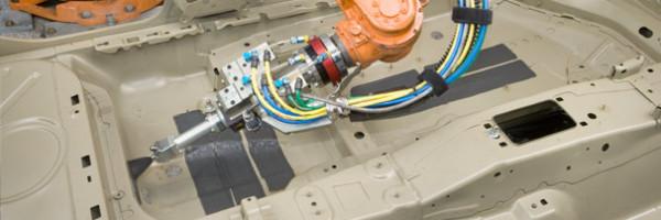 шумоизоляция автомобиля роботом