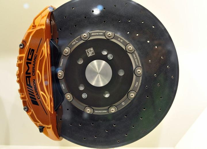 Тормозной диск с колодкой