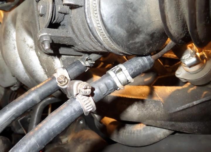Подача и отвод топлива